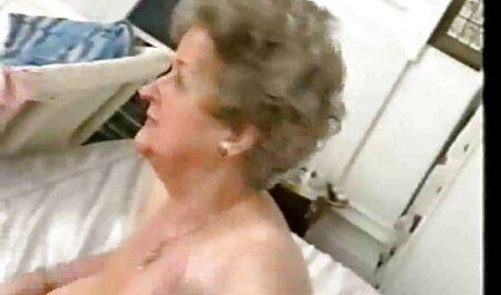 Ébène Anya Hera fille 18 xxx offres chaudes avec coq blanc