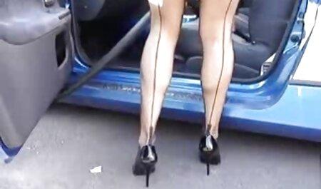 Fait avec une fille porno francais plantureuse Latina remplissage elle bouche avec sperme