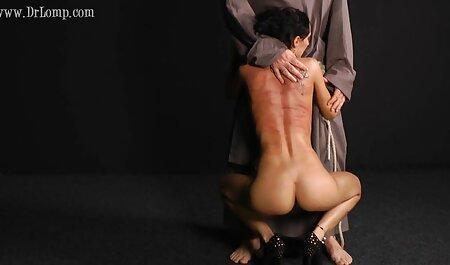 Lovelace noir apporte porno fille avec animaux à la fille un vrai plaisir