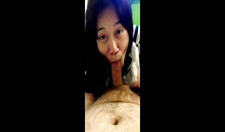 Kelsie Monroe, porno fille kabyle chauve grand homme filature une bite dans le cul.
