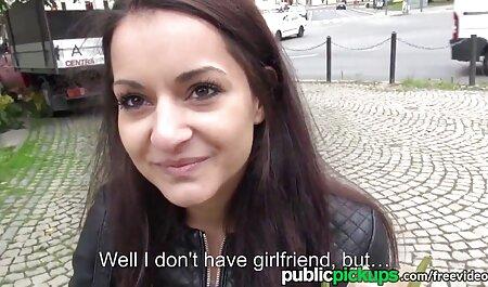 Suite femme cheval porno d'un dîner romantique le couple amoureux