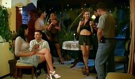 Les fille et chien porno garçons de la Russie pour convaincre la fille blonde de baiser anal