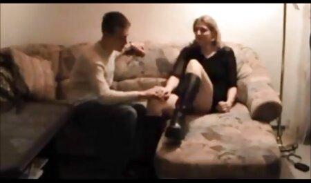 Plantureuse blond porno francais fille célèbre sucker