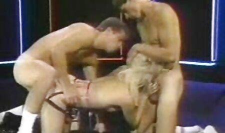 Chubby blonde femme et chien porno baise