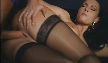 Hot sexy porno fille chien maman suce et baise