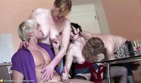 Avec cette video de sexe vierge bouche suce