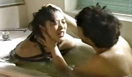 Cravate à votre femme et baise porno femmes de ménage sa bouche.