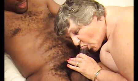 Baiser porno avec sa belle mère mon cul.