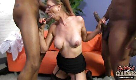 Cinq juteux Lesbiennes et porno cheval femme sauvage orgasme