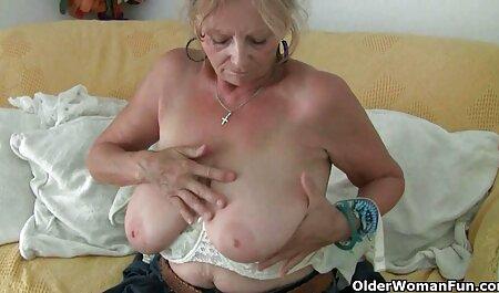 Chaud porno pere et fille en francais masturbation dans la salle de bain