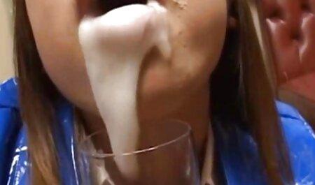 Les porno solo femme filles baisent trois.