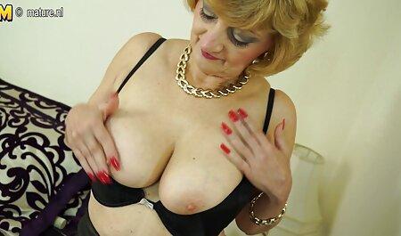 Les jolies filles aiment sex fille hd le sperme chaud de leurs copines.