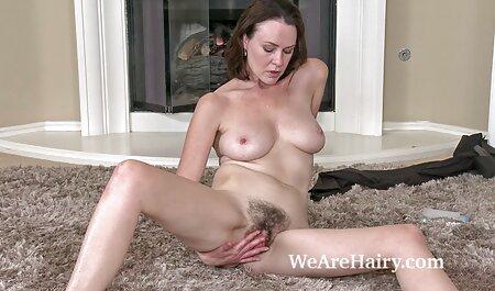 Adulte porn femme animal cheveux bouclés