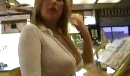 Britney appelle le cheval femme xxx 911.