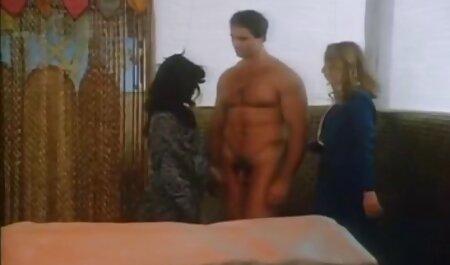 Double photographie pour brune avec de gros porno de femmes avec des animaux seins