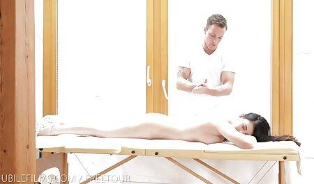 Matin porno cheval avec les femmes masturbation busty fille