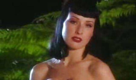Adriana Chechik nous montre video porn femme fontaine une nouvelle Fellation.