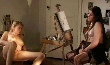 Soeur femme hot xxx se réveille belle brune avec cunnilingus