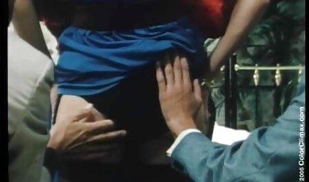 La grosse blonde laisse un homme baiser le cul video porno fille vierge de la taille de l